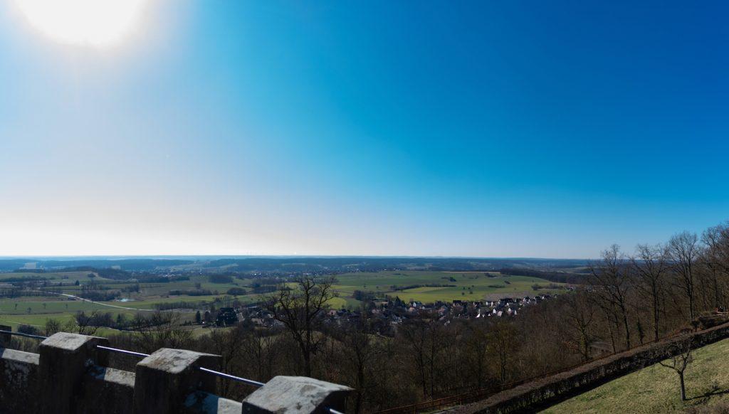 eine Panoramablick von einem Burgturm